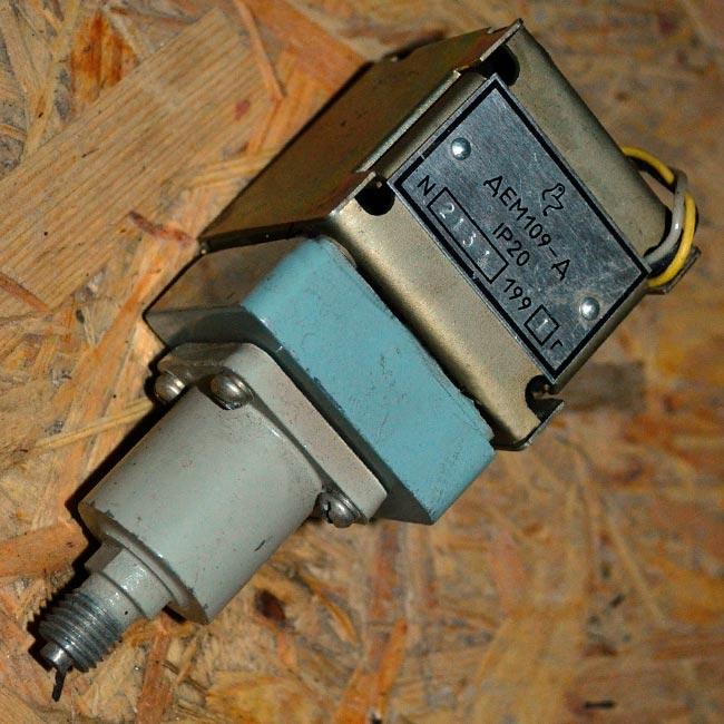 Датчик-реле напора ДЕМ-109